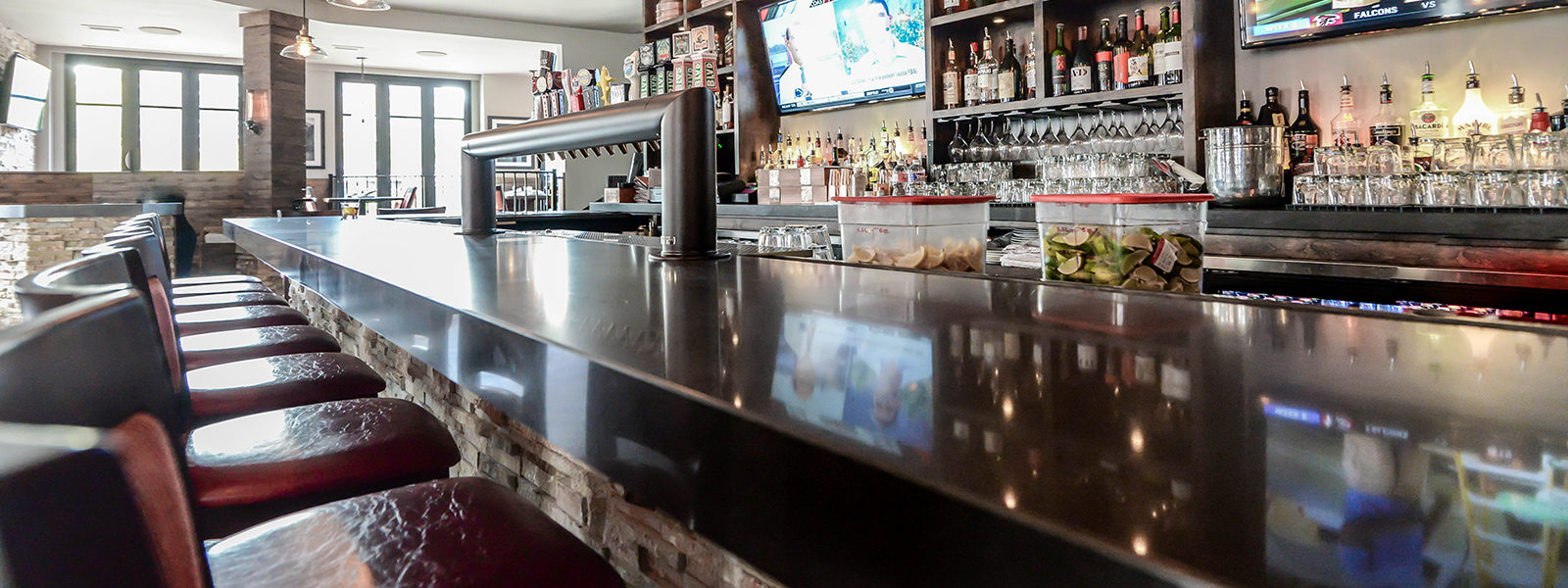 Raising the Bar: 5 Ways to Elevate Basement Bar
