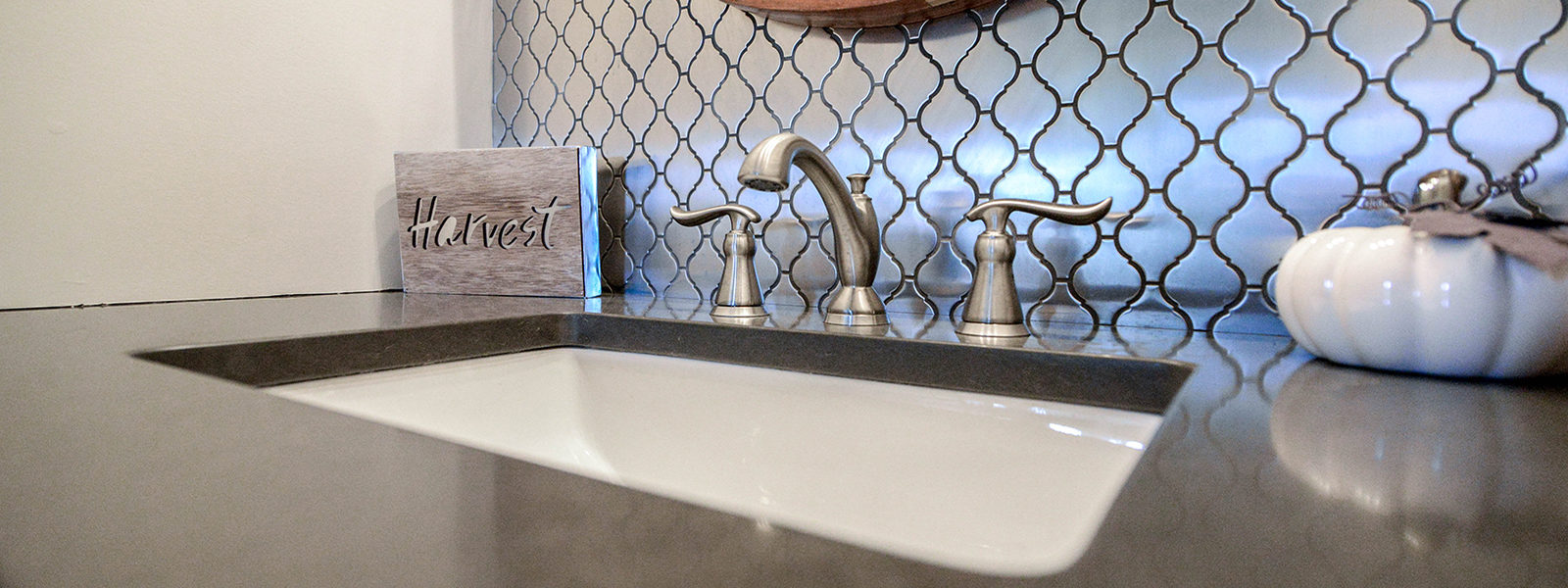 Avoid Trendy: Keys to Keeping a Bathroom Classy