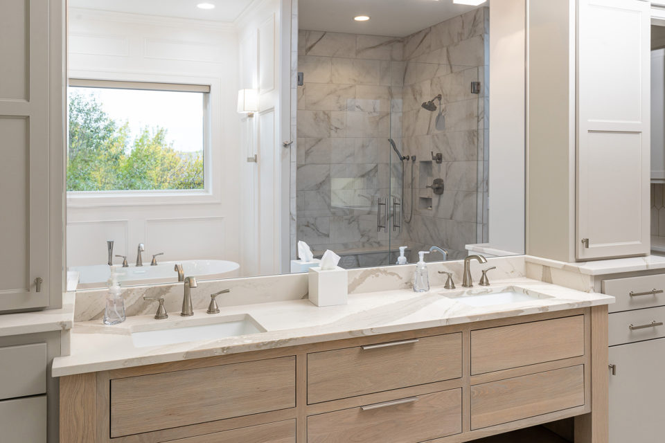 Masterbath his and her sinks with quartz countertop