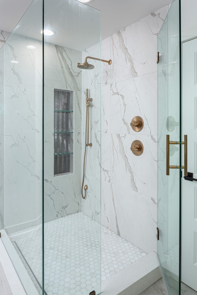 shower with marble wall