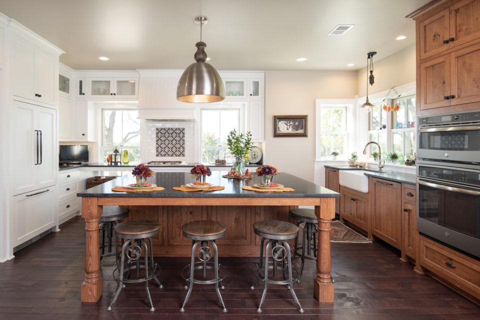 Nero Orion Surround kitchen island