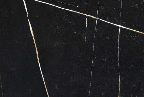 Eternal Noir – Quartz